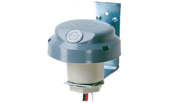 Relé fotoelétrico aplicado a sistemas de iluminação