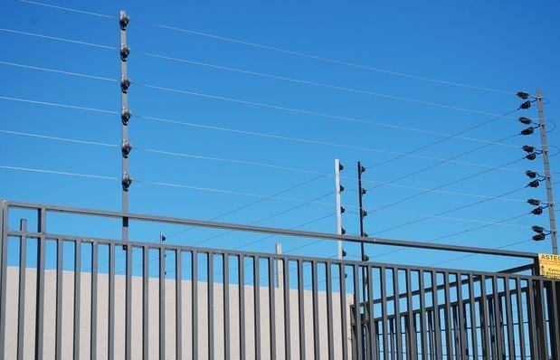 Como fazer a instalação de cerca elétrica